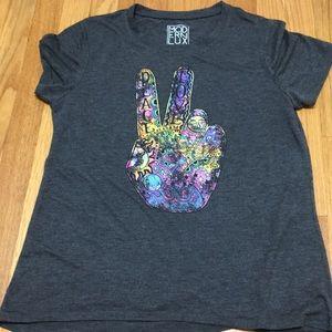 Modern Lux Peace T-shirt